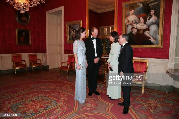 Catherine Duchess of Cambridge Prince William Duke of Cambridge with Anne Llewellyn and UK ambassador to France Edward Llewellyn attend a dinner at...