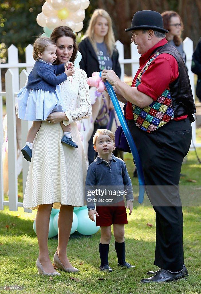2016 Royal Tour To Canada Of The Duke And Duchess Of Cambridge - Victoria : Fotografia de notícias