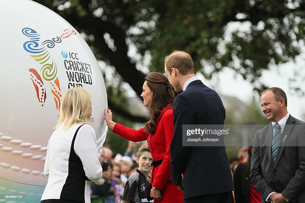 Royal Visit To Latimer Square In Countdown To Cricket World Cup : News Photo