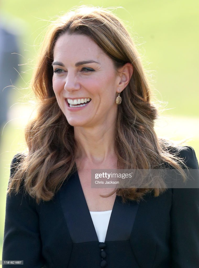 The Duke And Duchess Of Cambridge Visit Islamabad And West Pakistan : News Photo