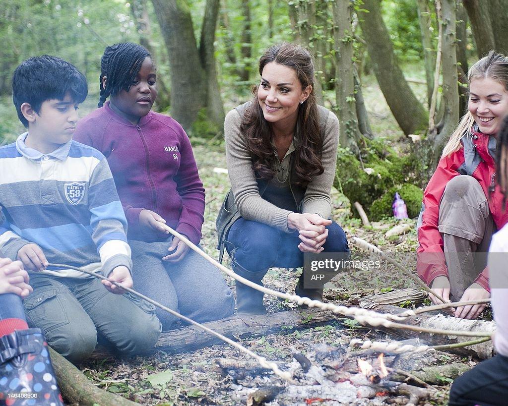 Catherine, Duchess of Cambridge, takes p : News Photo