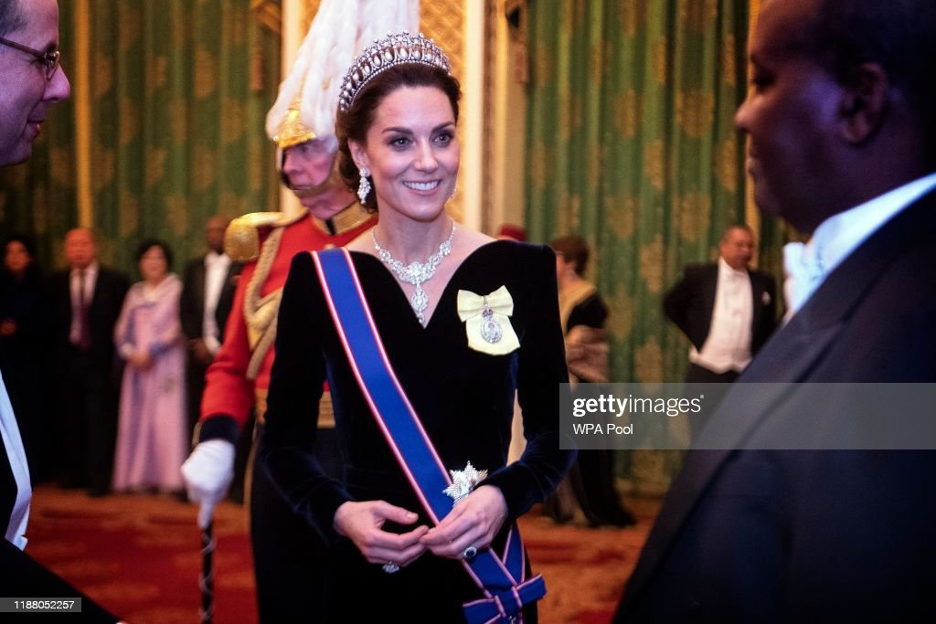 Royals Attend A Reception For The Diplomatic Corps At Buckingham Palace : Nieuwsfoto's