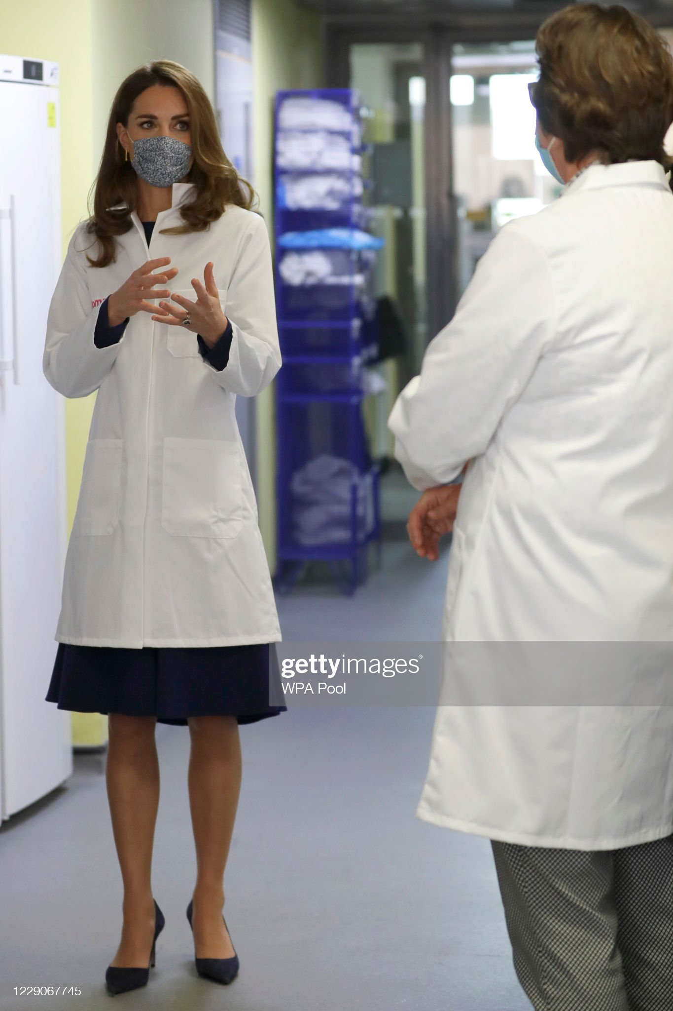 catherine-duchess-of-cambridge-tours-a-laboratory-during-a-visit-to-picture-id1229067745