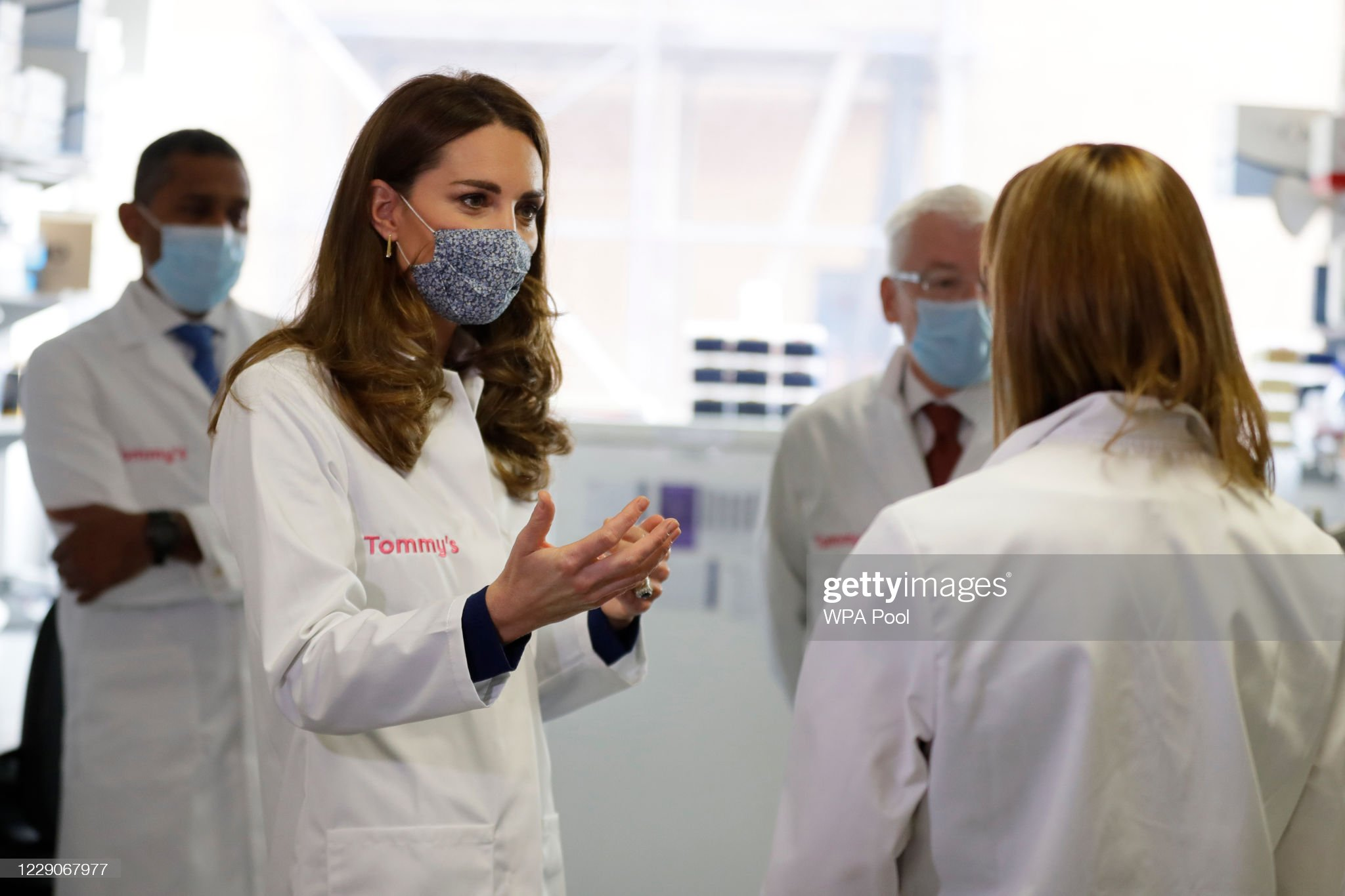 catherine-duchess-of-cambridge-tours-a-laboratory-during-a-visit-to-picture-id1229067977
