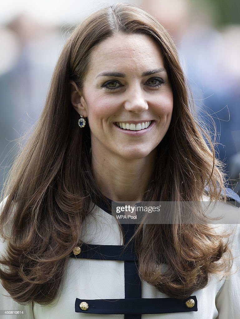 The Duchess Of Cambridge Visits Bletchley Park : Fotografia de notícias