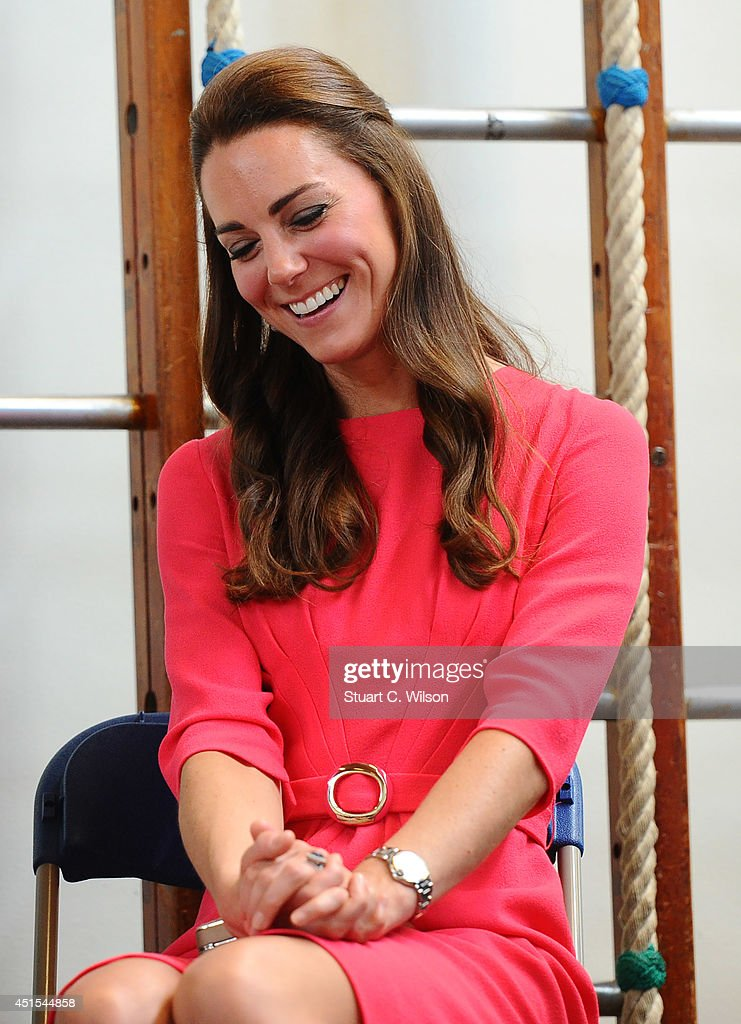 The Duchess Of Cambridge Visits An M-PACT Plus Counselling Programme : ニュース写真