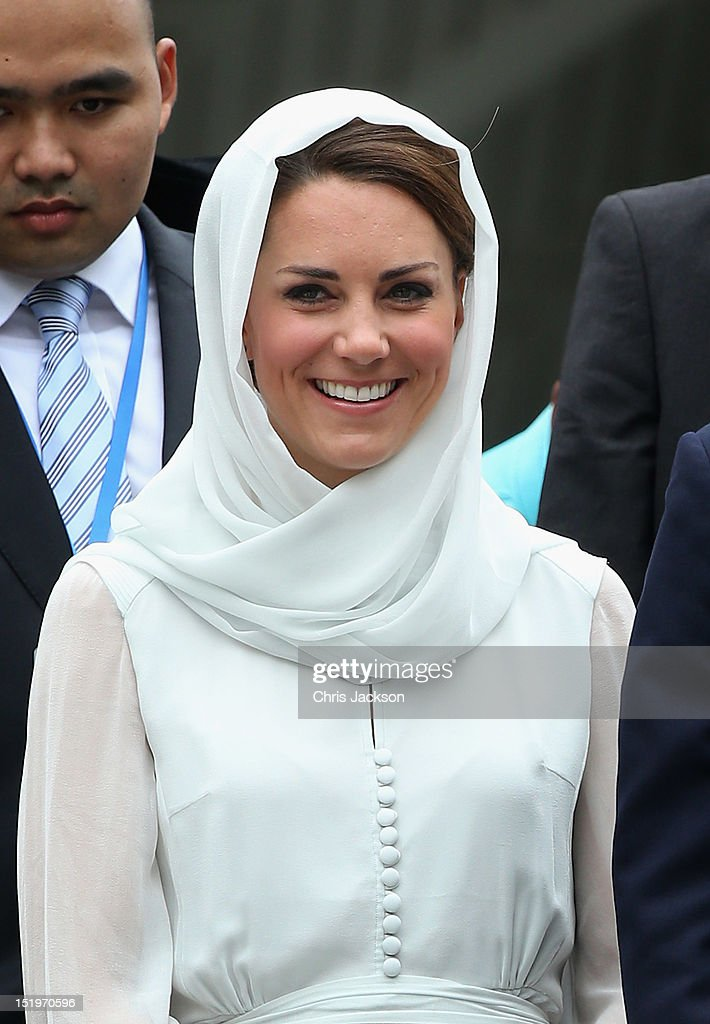 Catherine, Duchess of Cambridge visits Assyakirin Mosque on day 4 of Prince William, Duke of Cambridge and Catherine, Duchess of Cambridge's Diamond Jubilee Tour of the Far East on September 14, 2012 in Kuala Lumpur, Malaysia. Prince William, Duke of Cambridge and Catherine, Duchess of Cambridge are on a Diamond Jubilee Tour of the Far East taking in Singapore, Malaysia, the Solomon Islands and the tiny Pacific Island of Tuvalu.