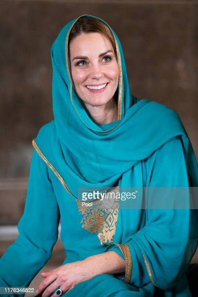 Catherine Duchess of Cambridge visits Badshahi Mosque during their royal tour of Pakistan on October 17 2019 in Lahore Pakistan