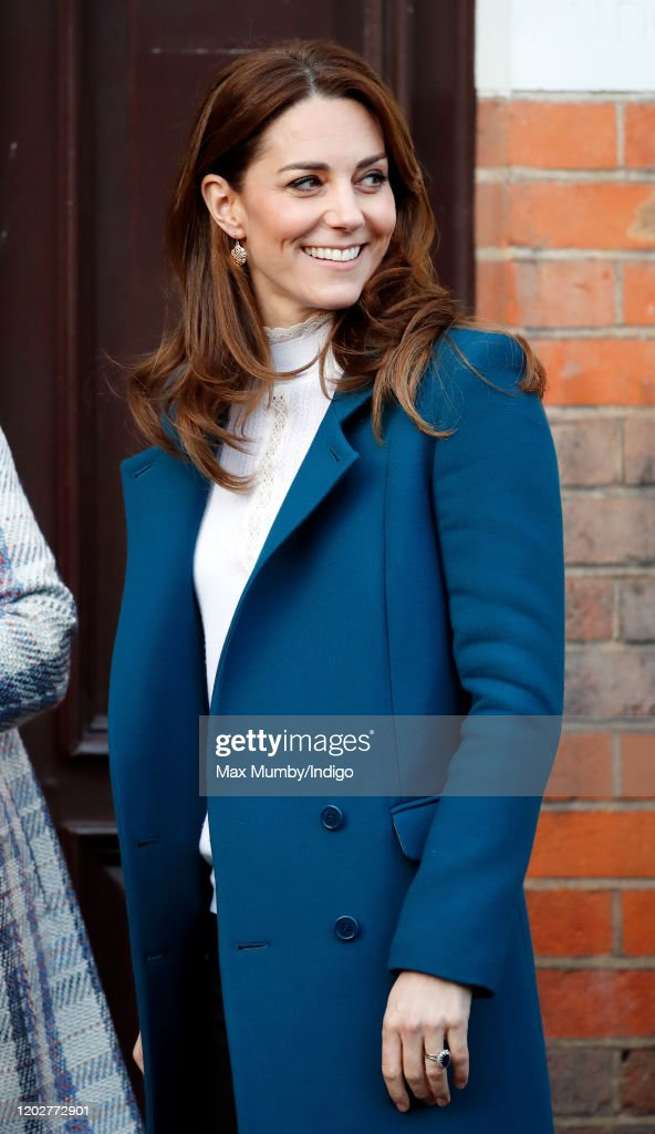 The Duchess Of Cambridge Visits LEYF Stockwell Gardens Nursery & Pre-School : Foto di attualità
