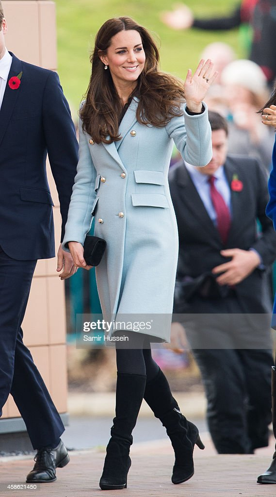 Duke & Duchess Of Cambridge Visit The Valero Pembroke Refinery : News Photo