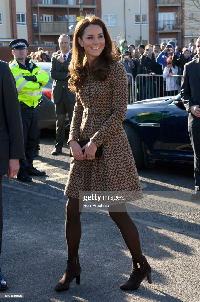 Catherine, Duchess of Cambridge visits Rose Hill Primary School on February 21, 2012 in Oxford, England.