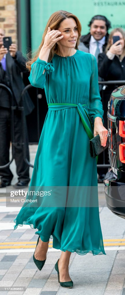 The Duke And Duchess Of Cambridge Visit The Aga Khan Centre : News Photo