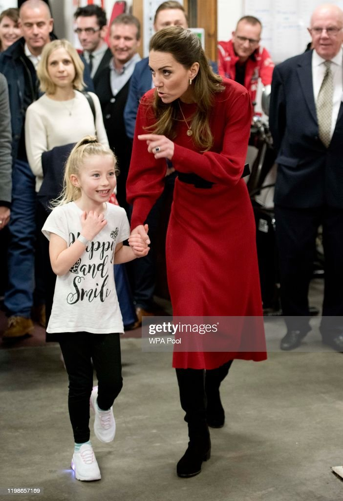 The Duke And Duchess Of Cambridge Visit South Wales : Nachrichtenfoto