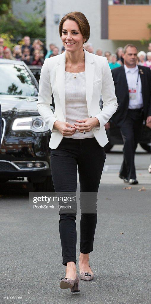 2016 Royal Tour To Canada Of The Duke And Duchess Of Cambridge - Victoria, British Columbia : News Photo