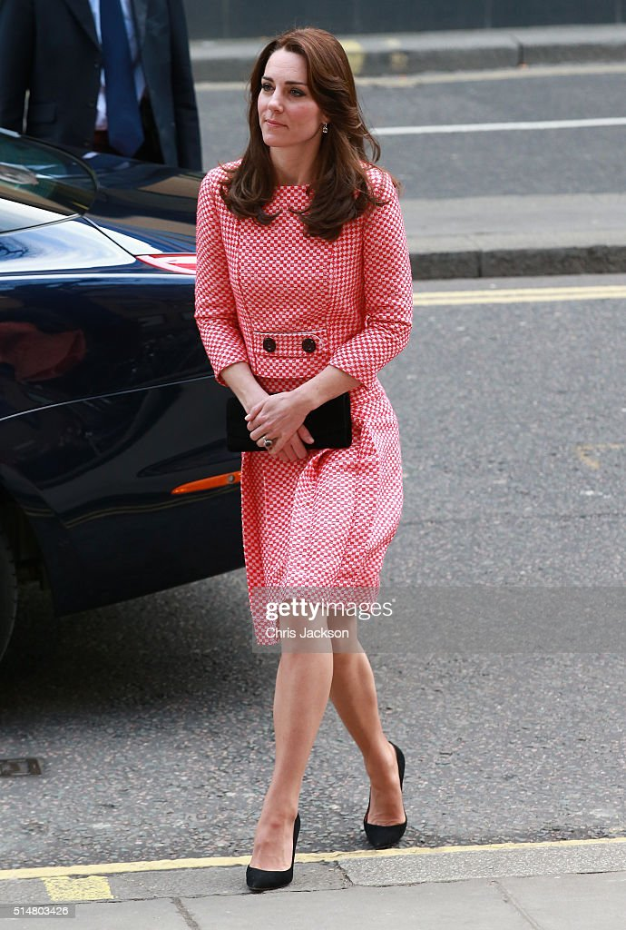 Catherine, Duchess of Cambridge visits the mentoring programme of the XLP project, London Wall on March 11, 2016 in London, England. XLP supports young people who are facing emotional, behavioural and relational challenges. XL-Mentoring programme since 2008.
