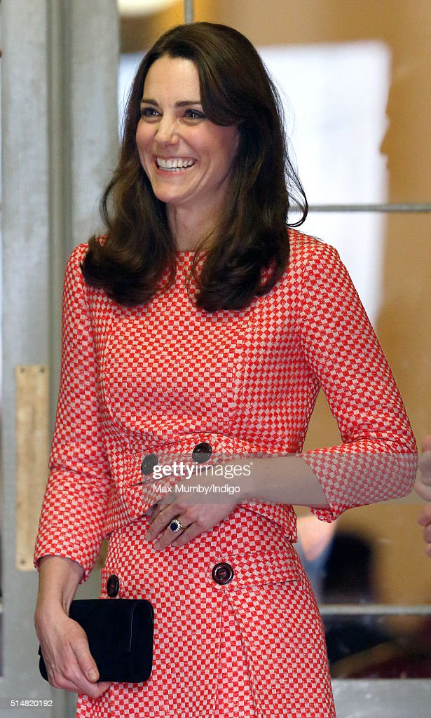 Catherine, Duchess of Cambridge visits the mentoring programme of the XLP project London Wall on March 11, 2016 in London, England. XLP supports young people who are facing emotional, behavioural and relational challenges. XL-Mentoring programme since 2008.