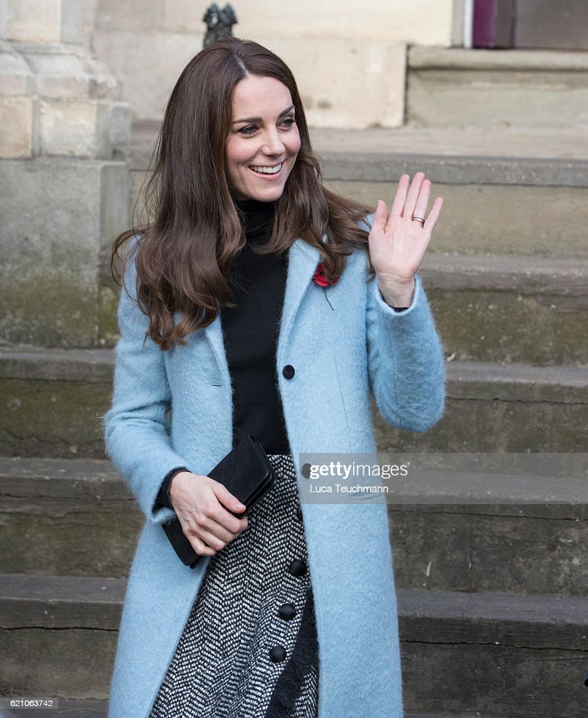 Catherine, Duchess of Cambridge visits the Nelson Trust Women's Centre on November 4, 2016 in Gloucester, England.