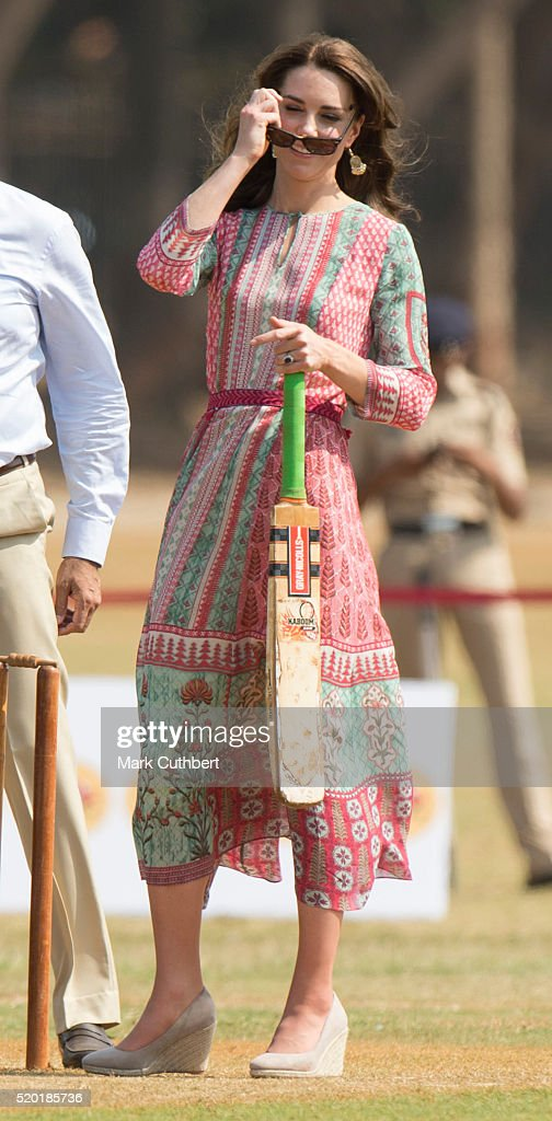 The Duke & Duchess Of Cambridge Visit India & Bhutan - Day 1 : Nachrichtenfoto