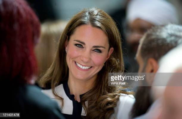 Catherine Duchess of Cambridge visits the Summerfield Community Centre on August 19 2011 in Birmingham England The centre is at the heart of the...