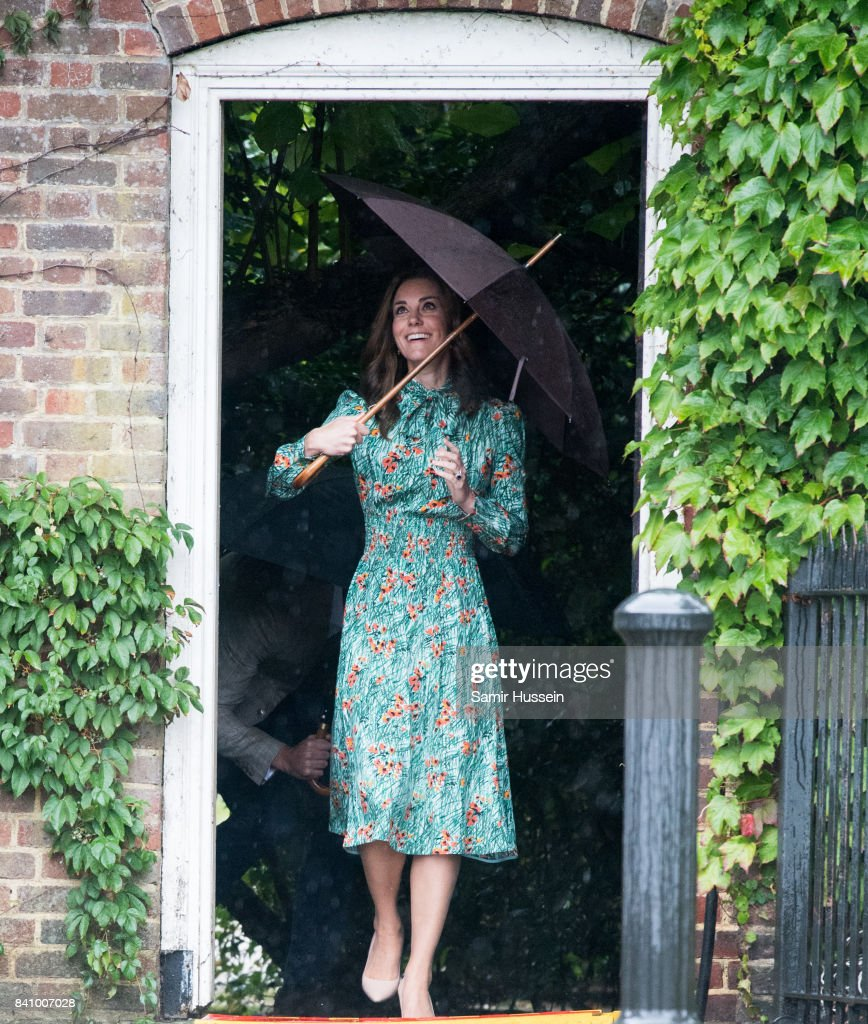 Großzügig Buckingham Palace Gartenparty Kleiderordnung Ideen ...