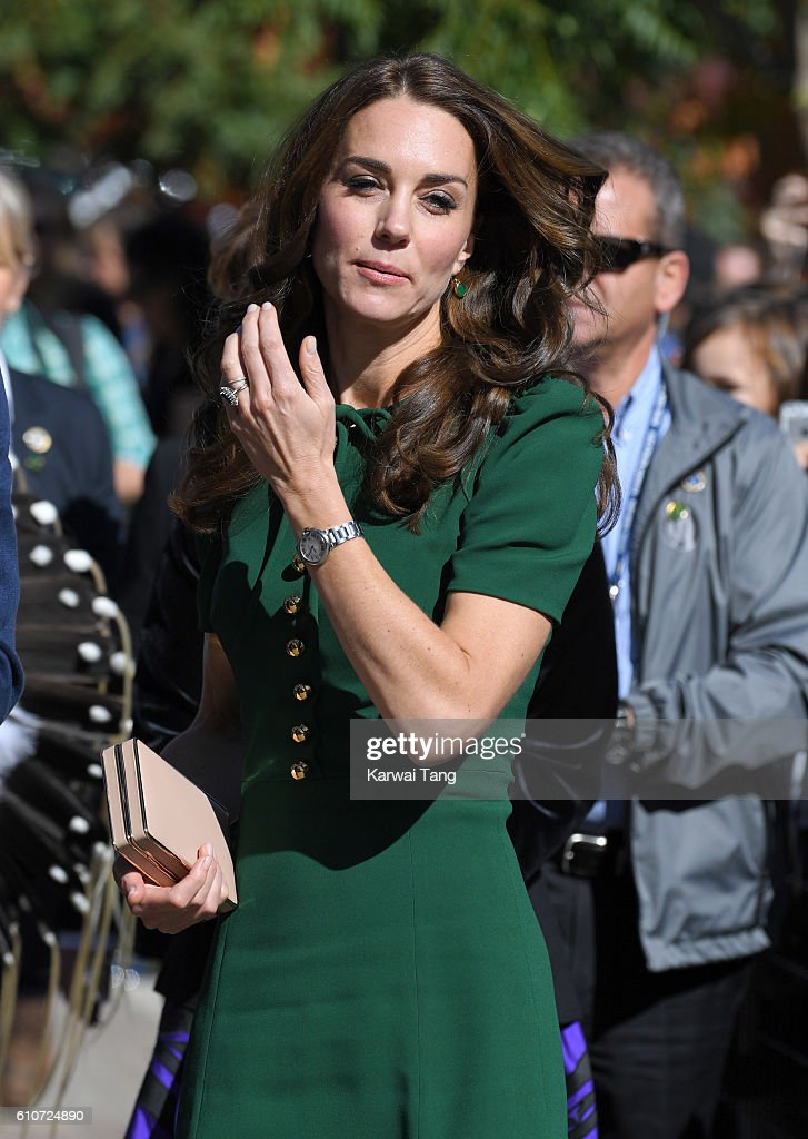 2016 Royal Tour To Canada Of The Duke And Duchess Of Cambridge - Kelowna, British Columbia And Whitehorse, Yukon : News Photo