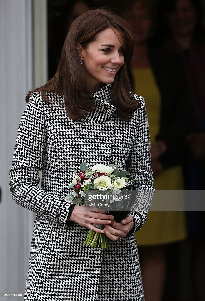 The Duchess Of Cambridge Visits Action On Addiction : Fotografía de noticias