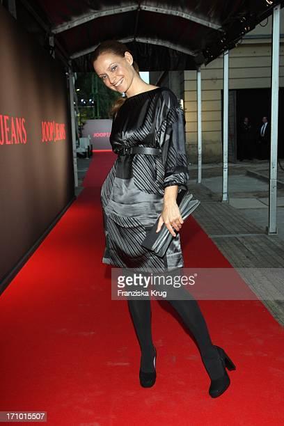 Catherine Flemming Bei Der Joop Jeans Modenschau Bei Der Mercedes Benz Fashionweek 2008 Im Kubus In Berlin