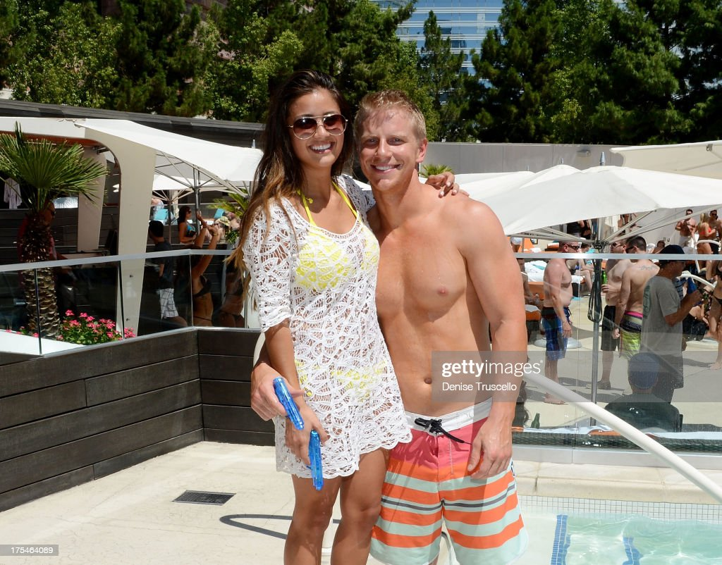 The Bachelor's Sean Lowe Makes A Special Appearance at Liquid Pool at Aria