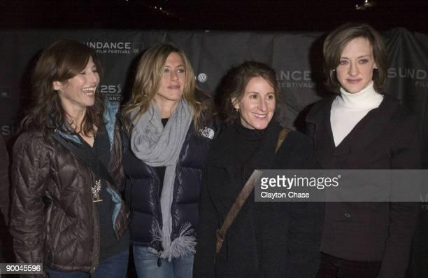 Catherine Keener Jennifer Aniston director Nicole Holofcener and Joan Cusack