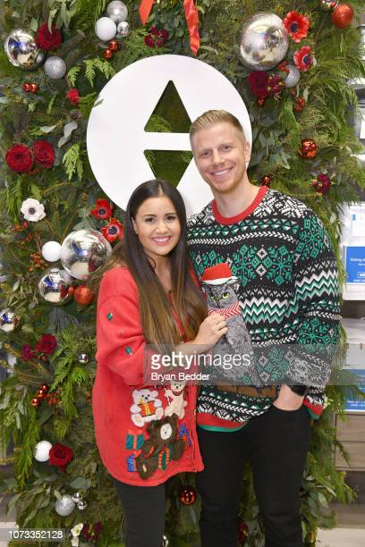 Catherine Lowe and Sean Lowe pose as Sean and Catherine Lowe Becca Kufrin and Garrett Yrigoyen celebrate Sleep Number with a Night 'Under the...