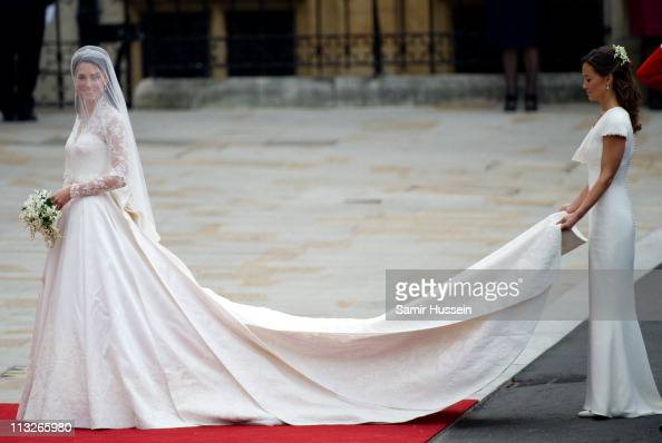 Catherine Middleton And Her Sister And Maid Of Honour Pippa