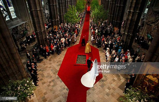 Catherine Middleton arrives with her father Michael Middleton at Westminster Abbey on April 29 2011 in London England The marriage of Prince William...