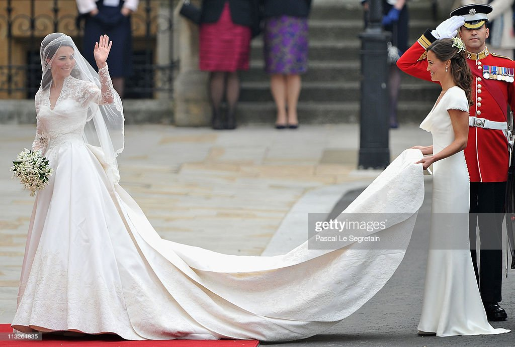 Royal Wedding - Wedding Guests And Party Make Their Way To Westminster Abbey : Nieuwsfoto's