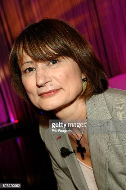 Catherine Millet on the set of TV show 'Ce Soir ou Jamais'