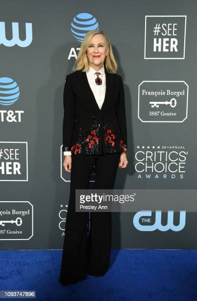 Catherine O'Hara at The 24th Annual Critics' Choice Awards at Barker Hangar on January 13 2019 in Santa Monica California
