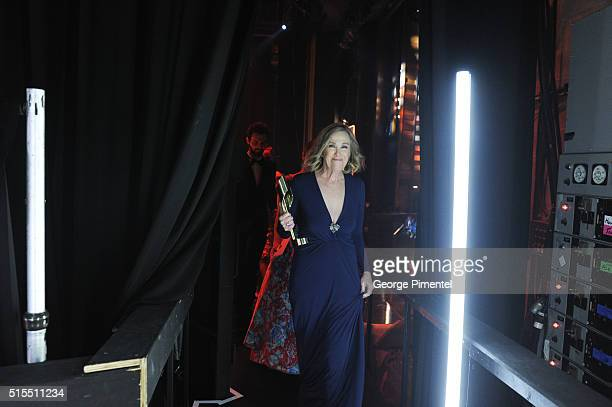 Catherine O'Hara poses backstage at the 2016 Canadian Screen Awards at the Sony Centre for the Performing Arts on March 13 2016 in Toronto Canada