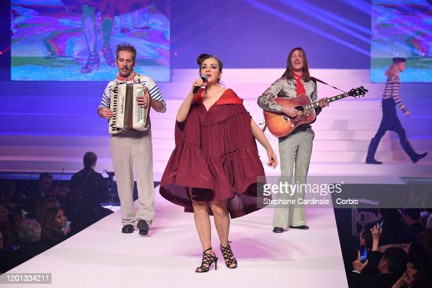 Catherine Ringer performs on the runway during the JeanPaul Gaultier Haute Couture Spring/Summer 2020 show as part of Paris Fashion Week at Theatre...