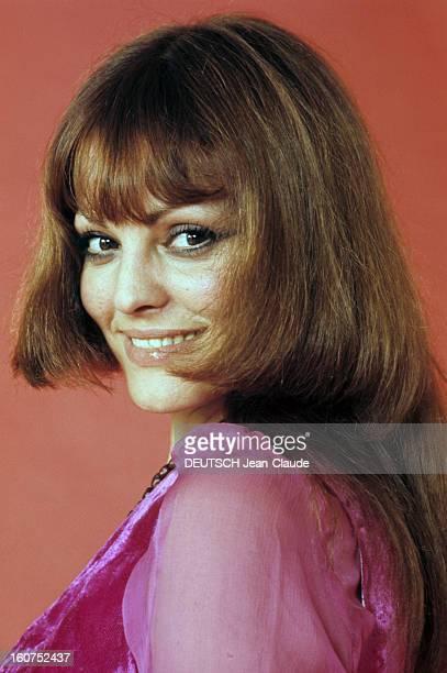 Catherine Rouvel Poses In Studio France 1969 Portrait studio de Catherine ROUVEL actrice française vêtue d'un chemisier en voile de coton violet...
