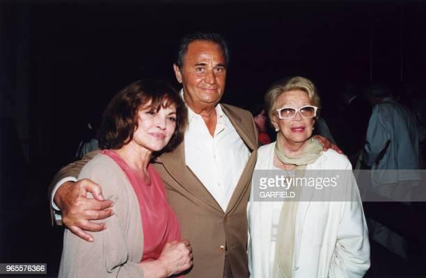 Catherine Rouvel Roger Hanin et Christine GouzeRénal le 15 mai 2000 à BoulogneBillancourt France