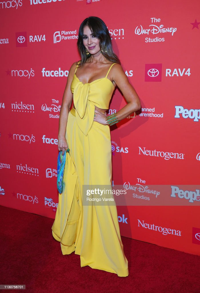 https://media.gettyimages.com/photos/catherine-siachoque-attends-the-people-en-espanol-2019-25-most-women-picture-id1130758701