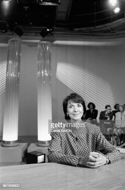 Catherine Tasca ministre de la communication invité de l'emission 'la Marche du Siècle' sur Antenne 2 à Paris le 19 septembre 1988 France