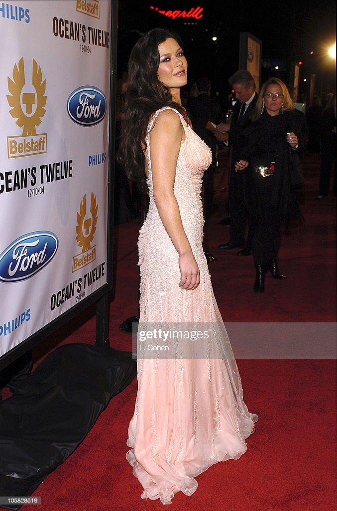 Catherine Zeta Jones During Oceans Twelve Los Angeles Premiere