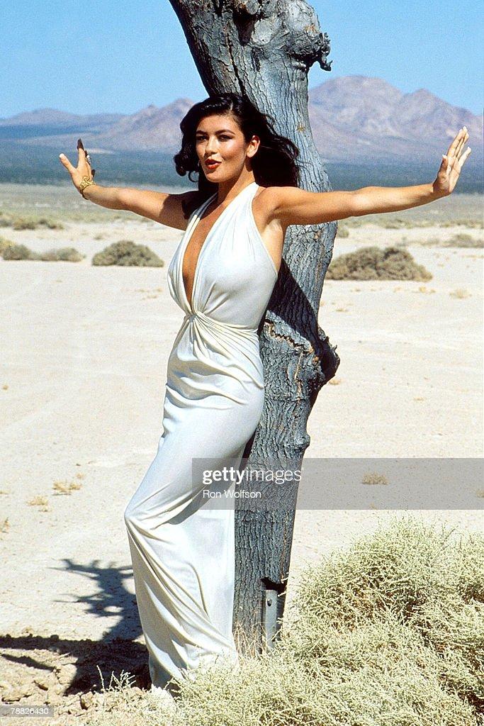 "Catherine Zeta-Jones ""For All Time"" Music Video Shoot - May 8, 1992 : News Photo"