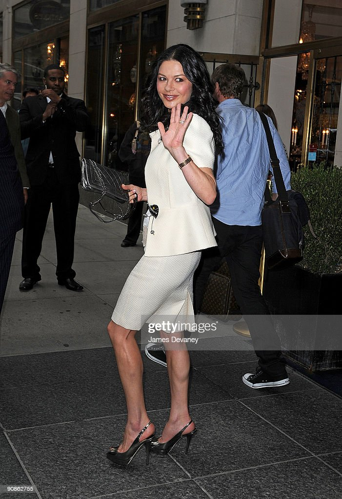 Celebrity Sightings In New York - September 16, 2009