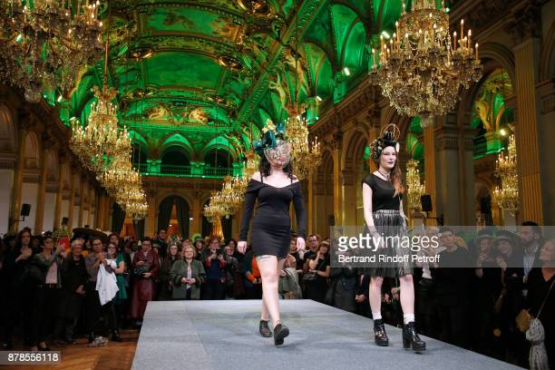 Catherinette of Lycee Octave Feuillet attend Maisons de Couture of Paris Celebrate SainteCatherine at Mairie de Paris on November 24 2017 in Paris...
