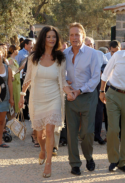 catherine zeta jones and michael douglas attend the opening of the robert foto e immagini. Black Bedroom Furniture Sets. Home Design Ideas