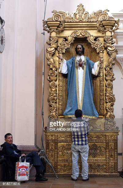 Catholic faithfuls participate in the celebration of Ash Wednesday in Tegucigalpa on February 14 2018 Wednesday marks the Christian period of Lent...