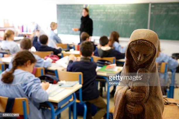 catholic school - katholicisme stockfoto's en -beelden