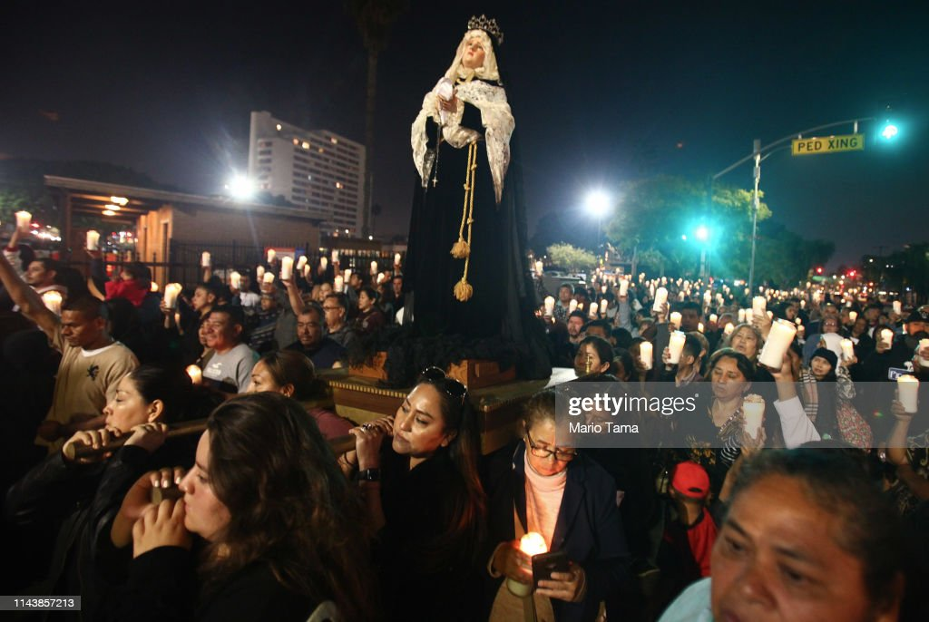 CA: Catholics Mark Good Friday with Way of the Cross in Los Angeles