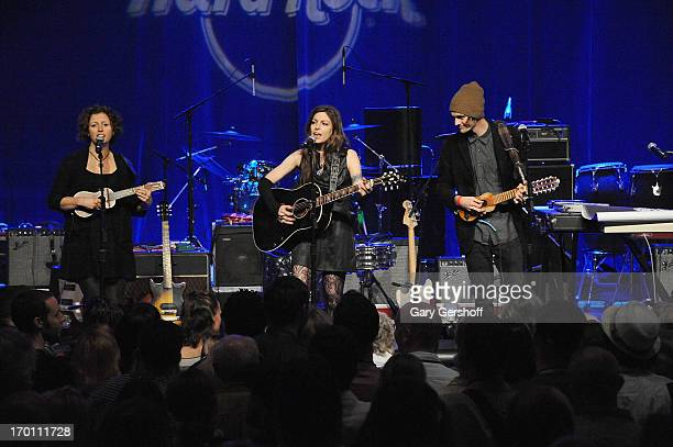 Cathy Guthrie Amy Nelson and Micah Nelson perform on stage at the Hard Rock International's Wille Nelson Artist Spotlight Benefit Concer at Hard Rock...